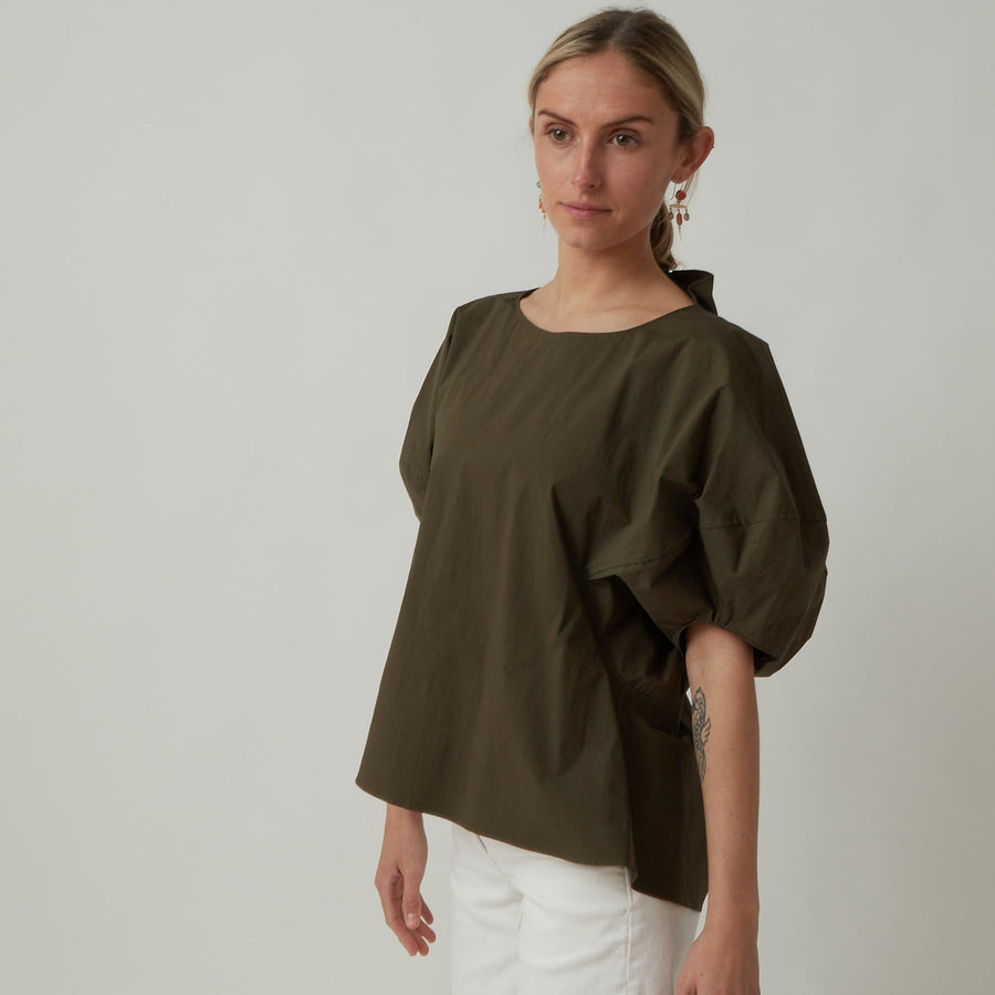 Arch The Puff Sleeved Top