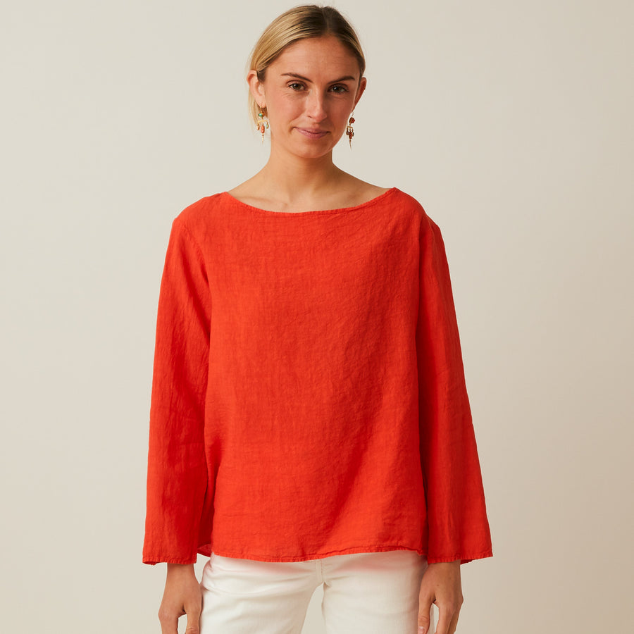 Manuelle Gubial Simple Linen Top