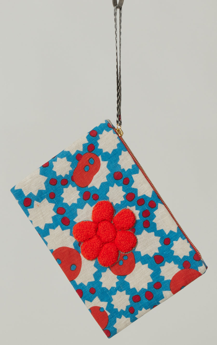 An An Londree Flower Clutch