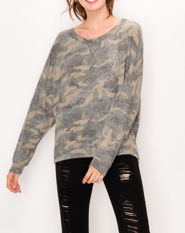 Camouflaged Top Olive