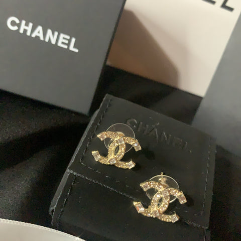 Luxury Baguette Chanel Earrings - Gold