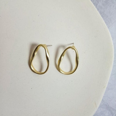 Stephanie Curved Earrings