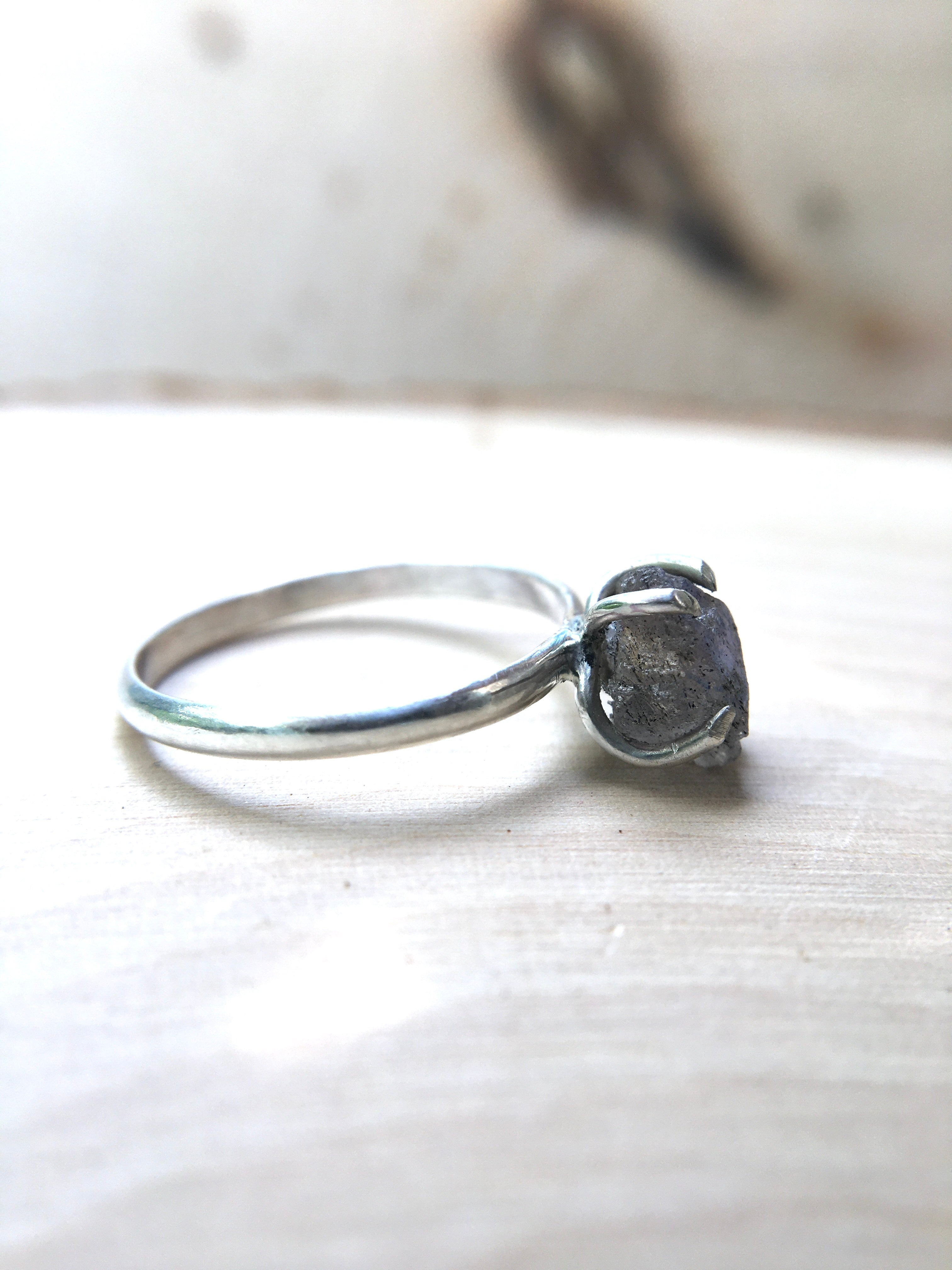 Chip of Dragon Heart Raw Labradorite Ring - Silver Lily Studio