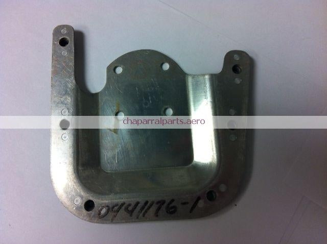 0441176-1 bracket Cessna NEW
