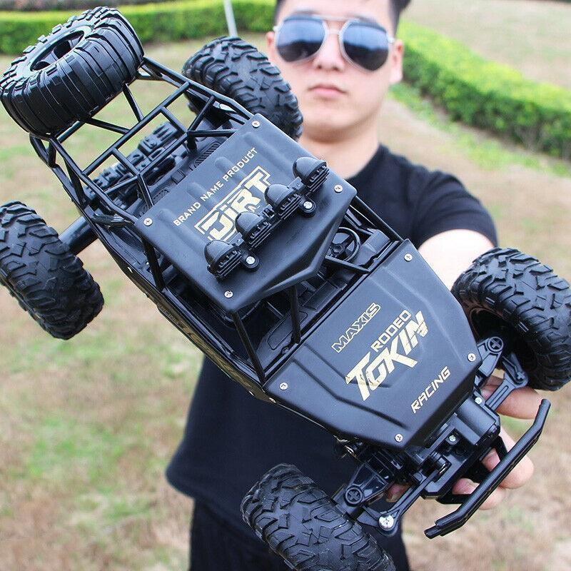 Bestsellrz® Remote Control Race Car RC Rock Crawler Electric Truck - Turboxo™ Remote Control Monster Trucks Black - 37 cm Turboxo™