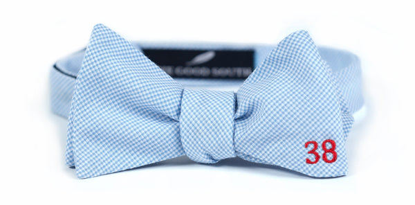 Chucky Mullins Bow Tie: Powder Blue