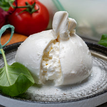 Load image into Gallery viewer, Burrata 330g