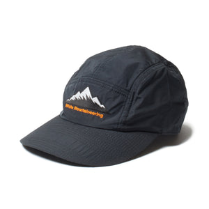 WHITE MOUNTAINEERING -LOGO JET BLACK CAP