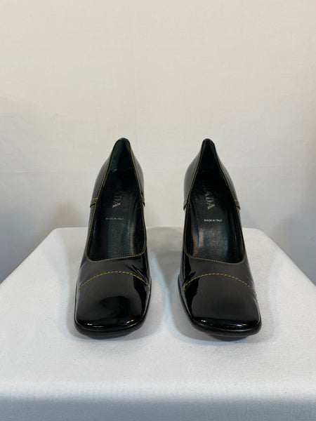 Prada Black Shoes size 39 Made In Italy