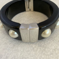 Ann Taylor Bangle Black Pearls Silver Hinge&Clasp