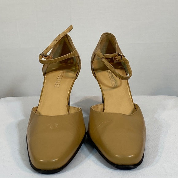 Aerosols Shoes Tan & Black Heels. Leather SZ 8M