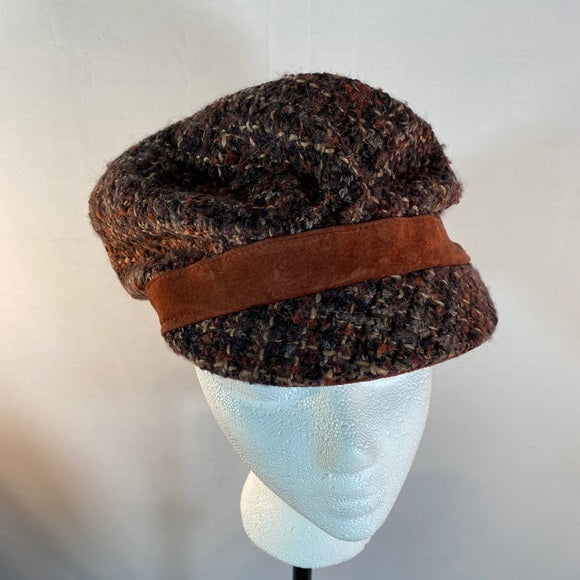 One Sera Hat With Brim Woven Lined