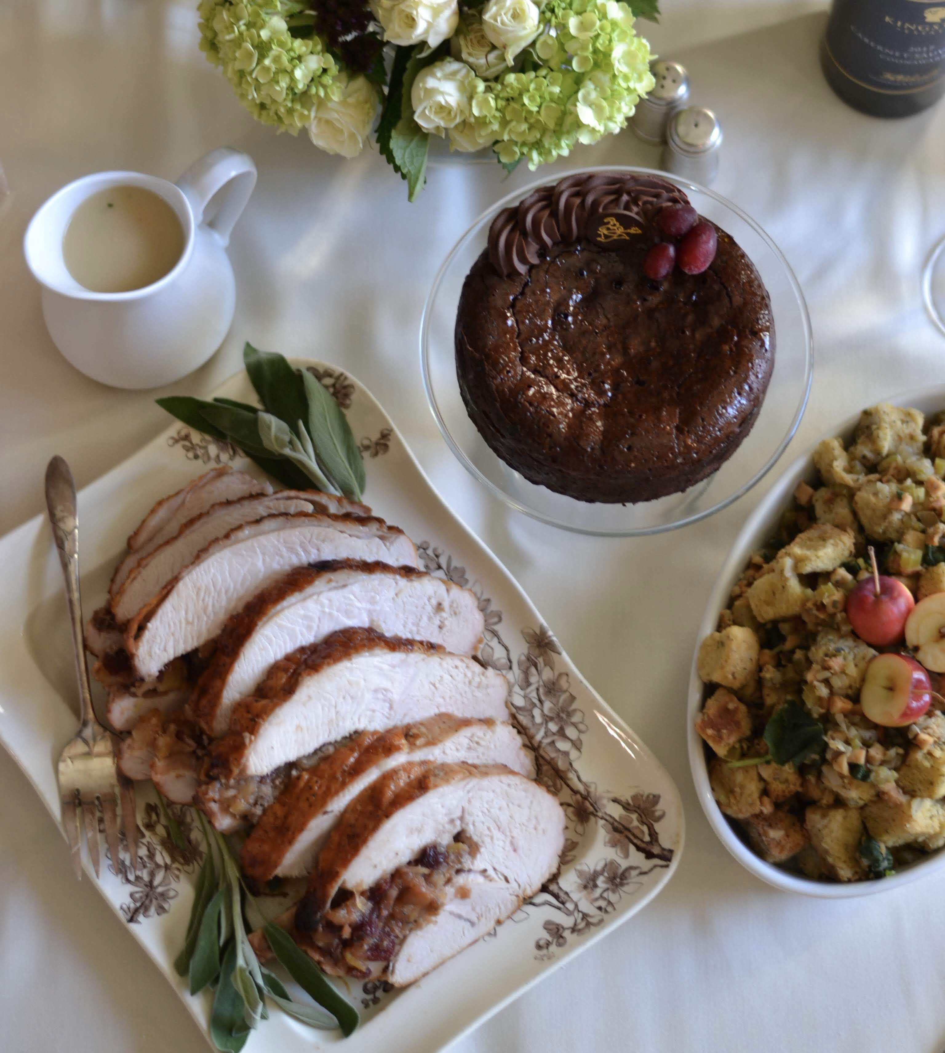 Roasted Turkey Breast stuffed with Dried Fruit Chutney