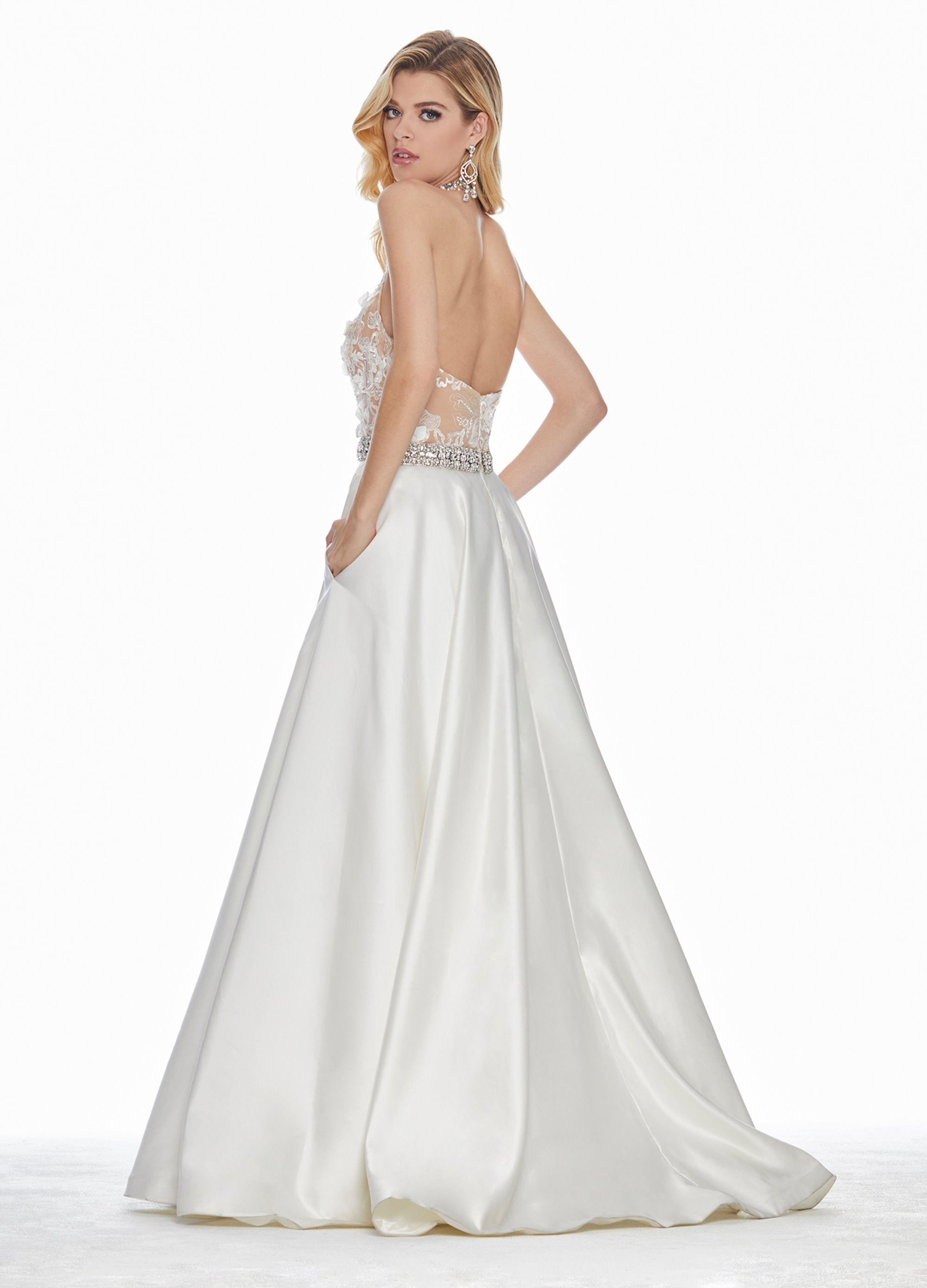 ASHLEYlauren Ivory Lace & Satin Gown