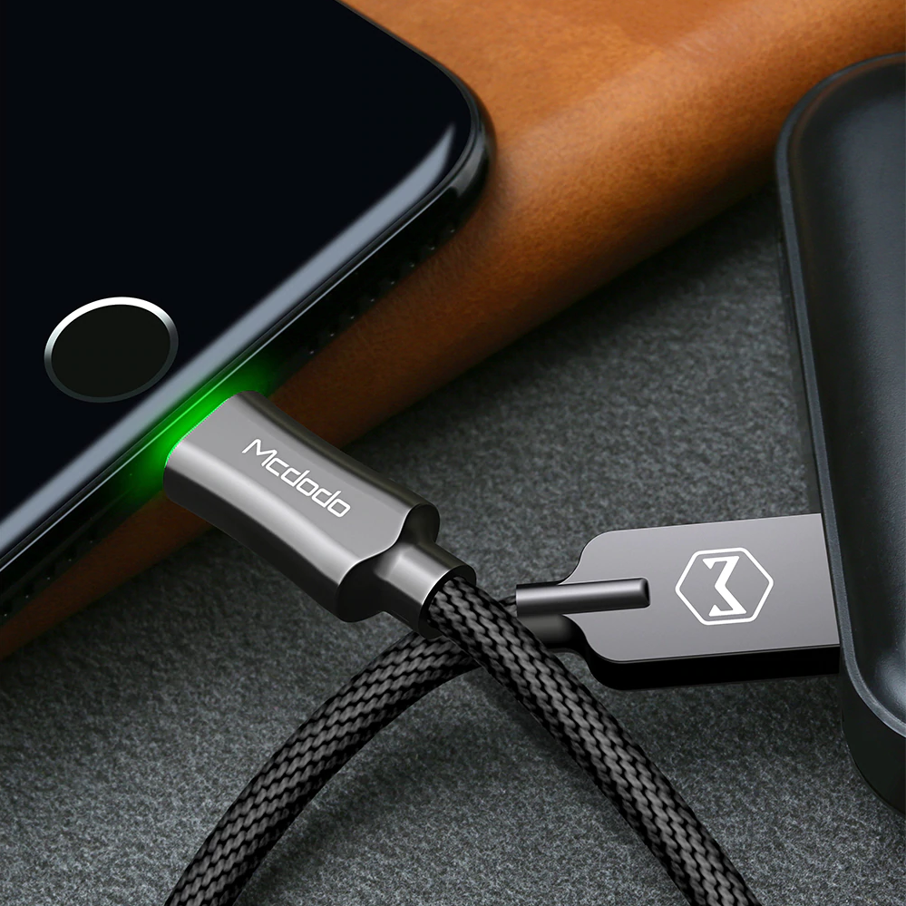 MK® Mcdodo Lighting Auto Disconnect USB Charging Cable