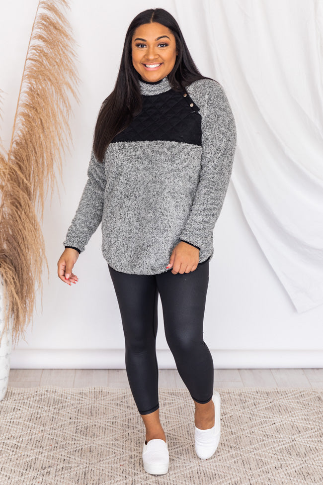 Season of Love Grey/Black Pullover