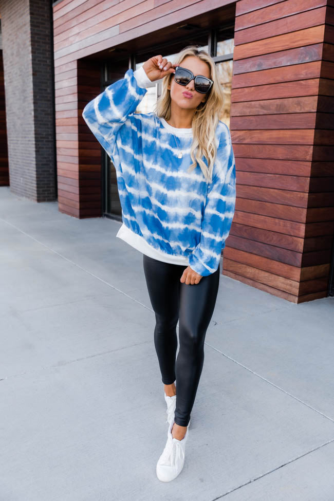 Give A Little Grace Tie Dye Blue/White Pullover