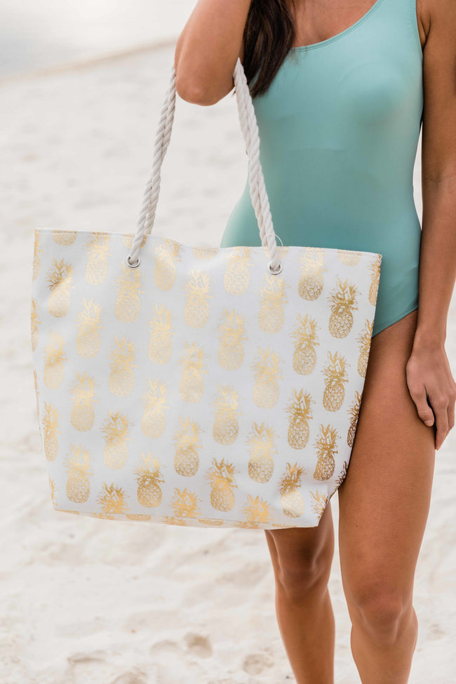 A Sweet Getaway Pineapple Tote Gold