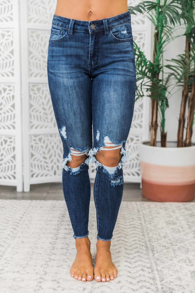 Carly Distressed Jeans Dark Wash