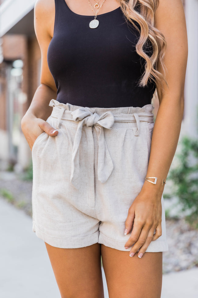 Catch A Feeling Paperbag Shorts Taupe