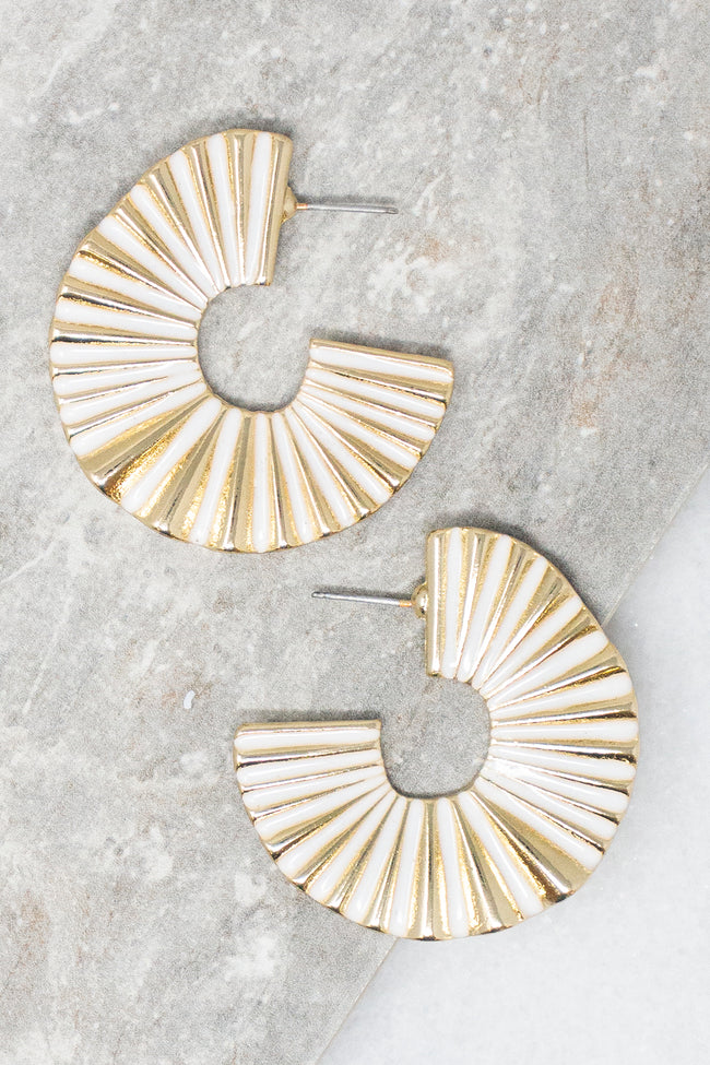 Feeling Electric White/Gold Earrings