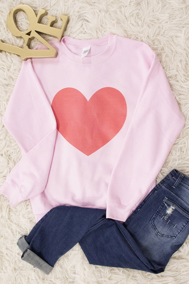 Vintage Heart Graphic Sweatshirt