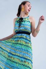 Load image into Gallery viewer, Green Maxi Dress With Pleated Skirt