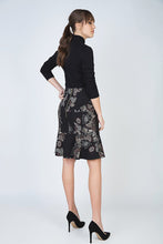 Load image into Gallery viewer, Print Flare Hem Skirt