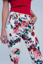 Load image into Gallery viewer, White Jeans With Roses Print