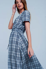 Load image into Gallery viewer, Maxi Dress With Gray Checkers