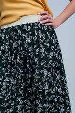 Load image into Gallery viewer, Long Green Skirt With Floral Pattern