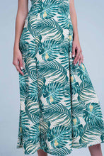 Load image into Gallery viewer, Green Dress With Floral Print and Square Neck