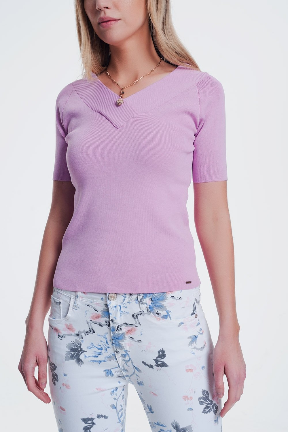 Short Sleeve Pink Sweater With v Neck
