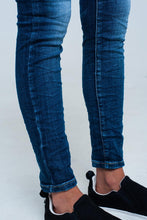 Load image into Gallery viewer, Skinny Jeans With Detail Embroidered Pocket