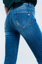 Load image into Gallery viewer, Skinny Blue Jeans With Rips