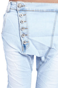 Light Boyfriend Jeans With Button Front
