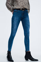 Load image into Gallery viewer, Skinny Jeans With High Waist in Mid Wash