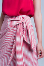 Load image into Gallery viewer, Striped Midi Skirt With Bow in Red