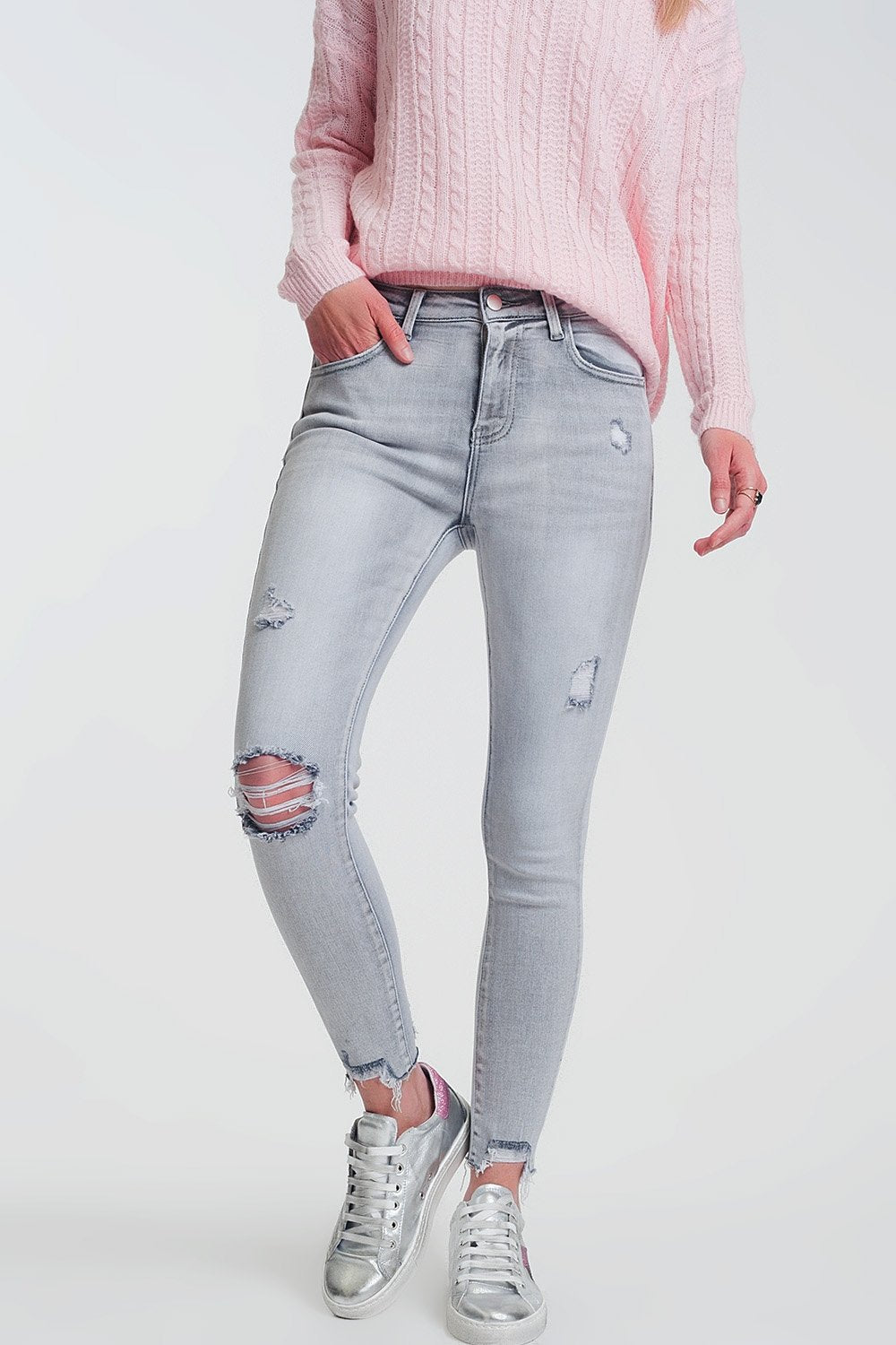 Raw Hem Ripped Super Skinny Jeans in Gray