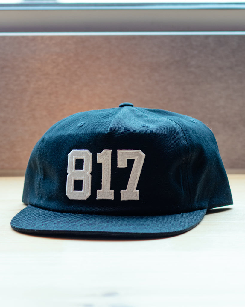 817 Strapback Hat - Black