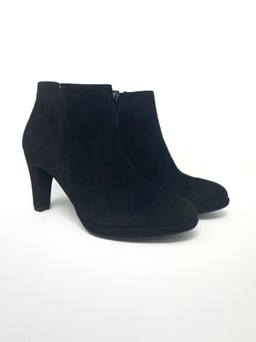 Black High Heel Boot With Zip