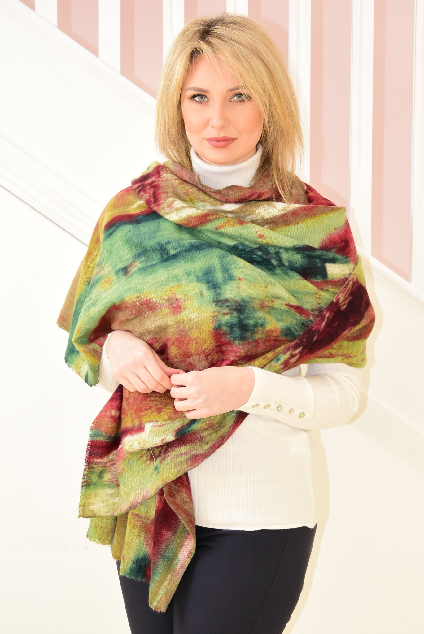 Scarf with Green and Red Painting Design
