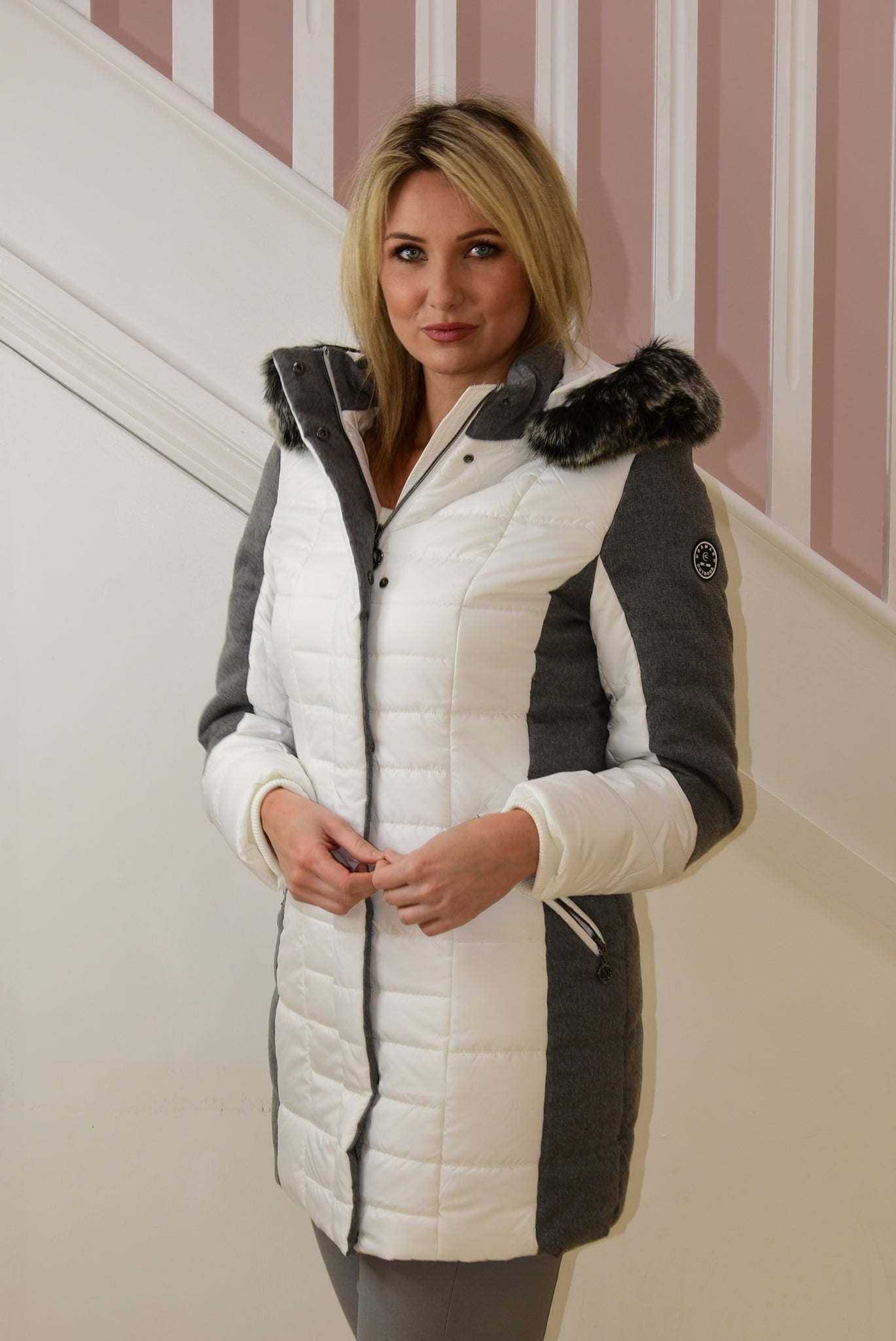 Outdoor Coat With Faux Fur Hood White & Grey