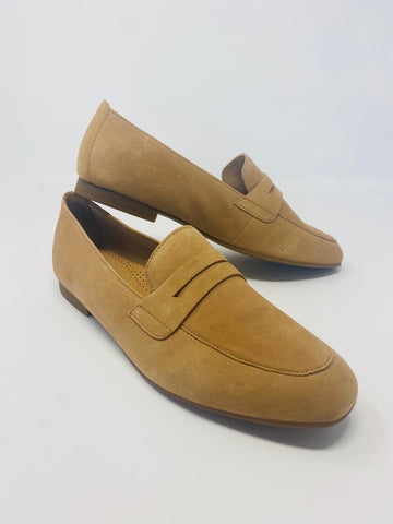 Light Caramel Loafers