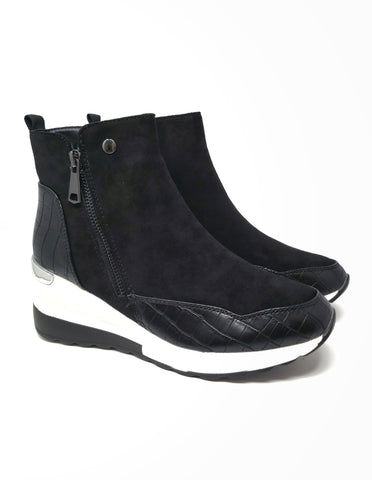 Zip-up Runner With Suede and Snake Skin Detail Black