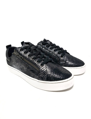 Snazzy Zip-up Sneakers With Black Snake Skin Design