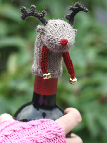 Rudolf Wine Topper Knitting Pattern
