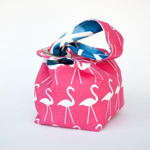 Binkwaffle Small Dumpling Bag, Flamingos