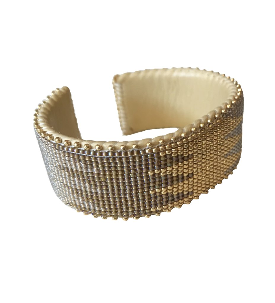 Aasha Glass Cuff: Large
