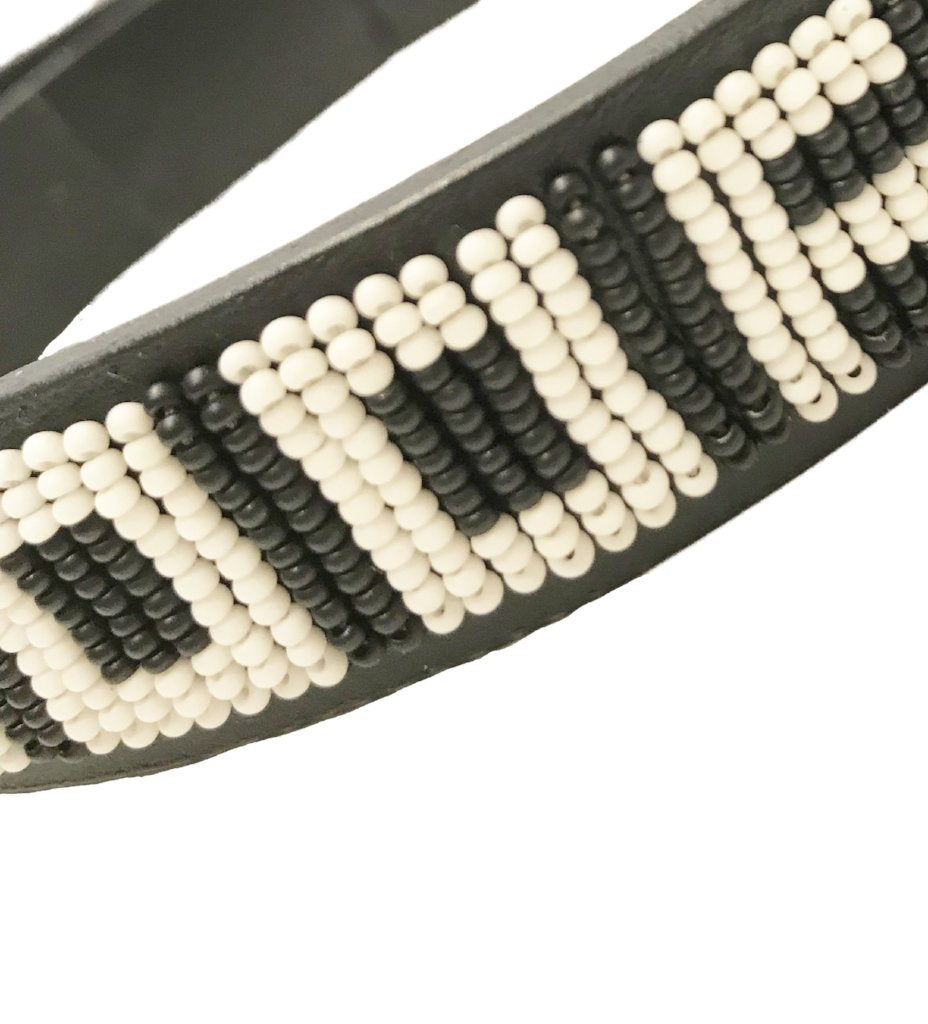 Beaded Dog Collar: Black and White